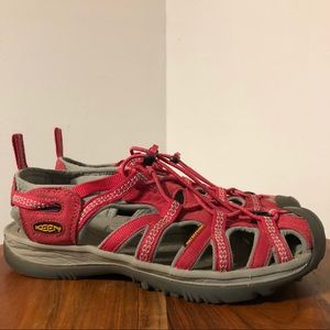 Keen Whisper Outdoor Red Canvas Sandal Size 9